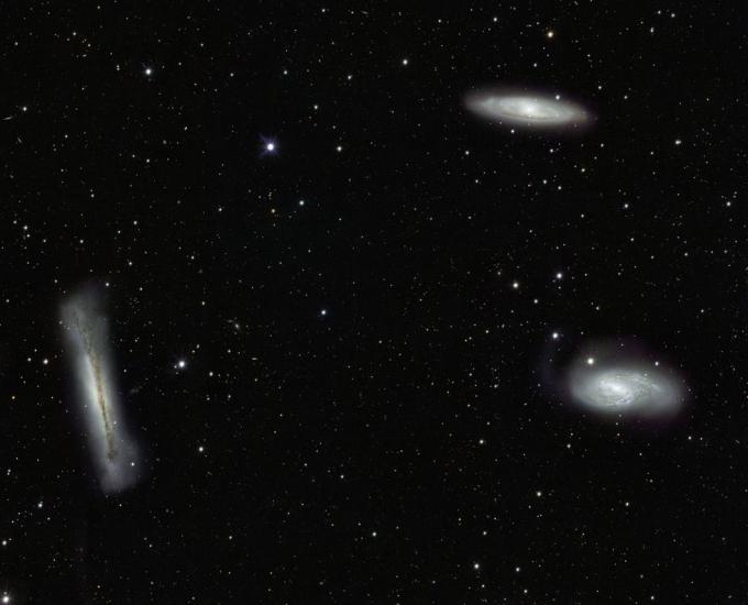 Можна супернова во М66