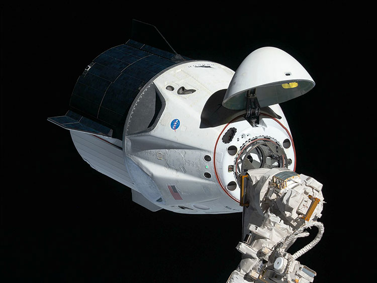 1280px Crew Dragon at the ISS for Demo Mission 1 cropped
