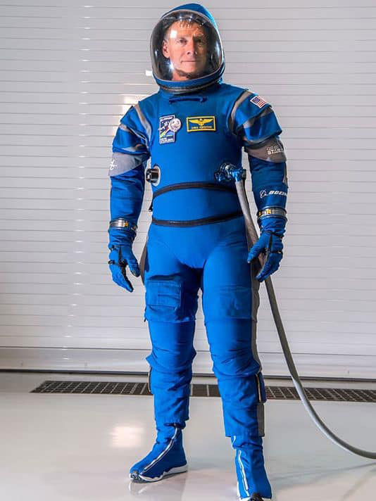 636211156160224627 boeing spacesuit 012717
